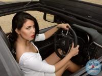 Nataša i Jeep Grand Cherokee