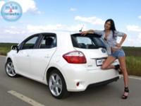 Tamara i Toyota Auris HDI