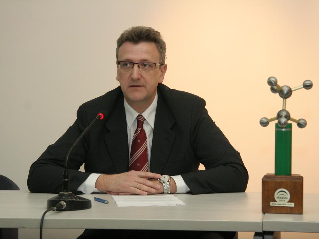 Dušan Stokić