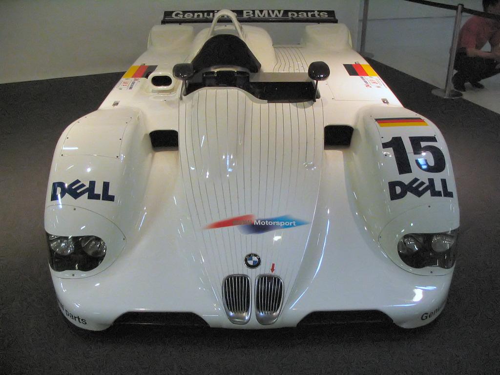 BMW V12 1999.