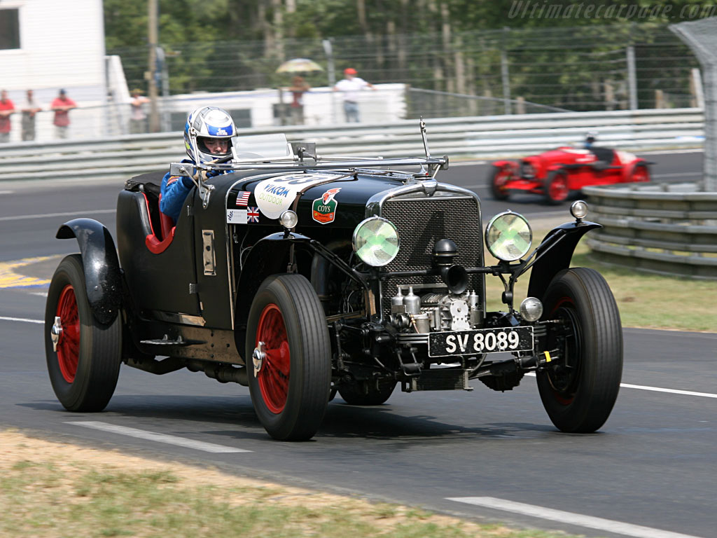 Historical racing-Stutz-BlackHawk-Supercharged-1930.