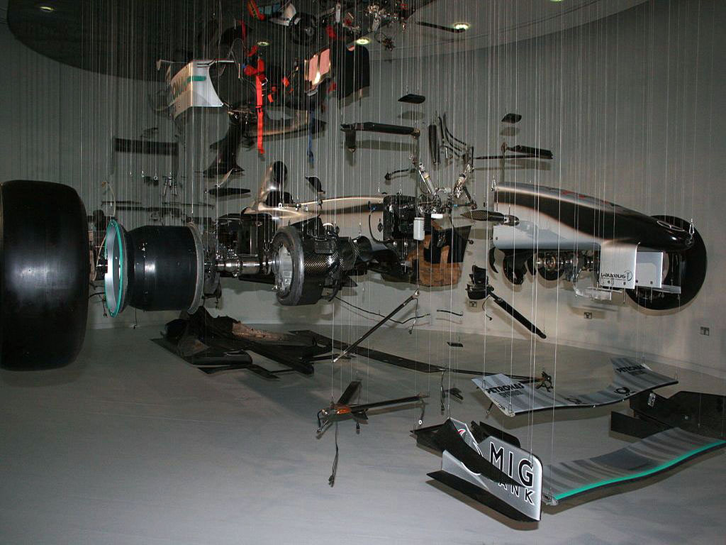 Formula1-Mercedes-Benz deconstructed setup-2011.