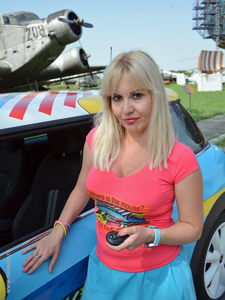 Ana Berbakov - Anee