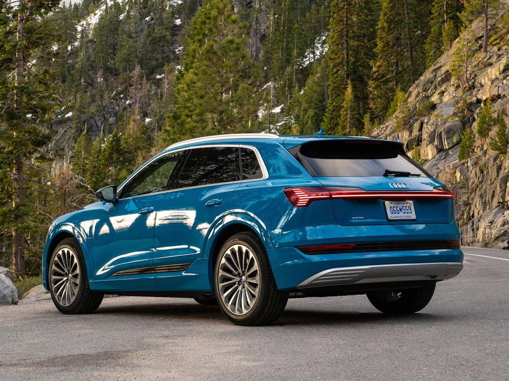 Audi e-tron US Version