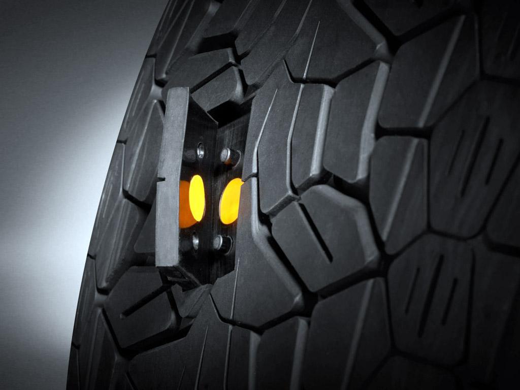 Pirelli sajber pneumatik