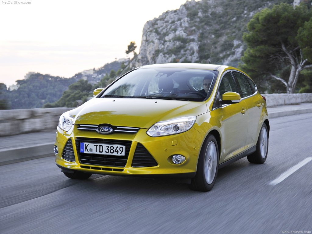 Ford-Focus_III