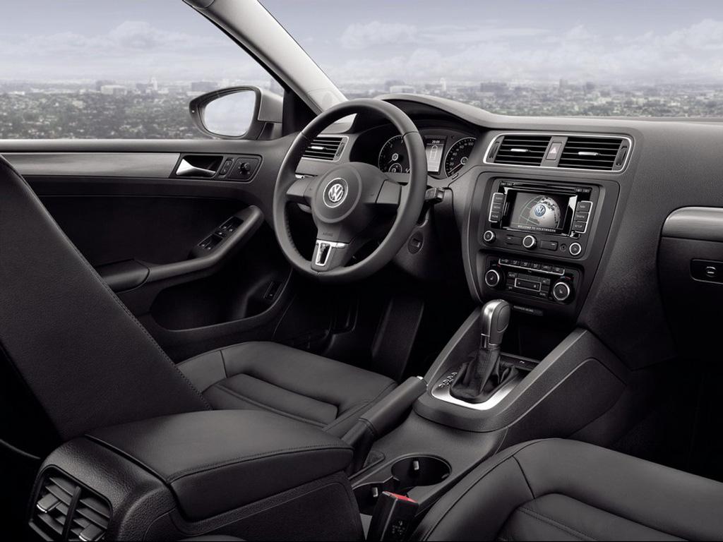 Volkswagen_Jetta_E