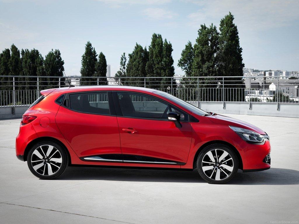 Renault-Clio_01